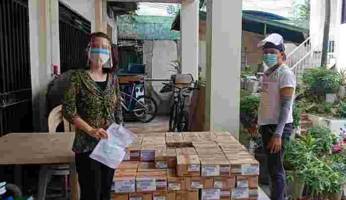 Lamoiyan Corporation donates 3 million worth of hygiene products for DepEd's Basic Education Learning Continuity Plan