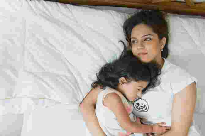 parent kidnap, mum, mother, child, sleeping, bed, tired, daughter, nap, children become victims of marital war