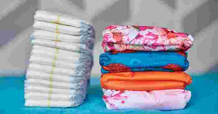 Cloth or Disposables: What to Consider When Choosing Baby Diapers