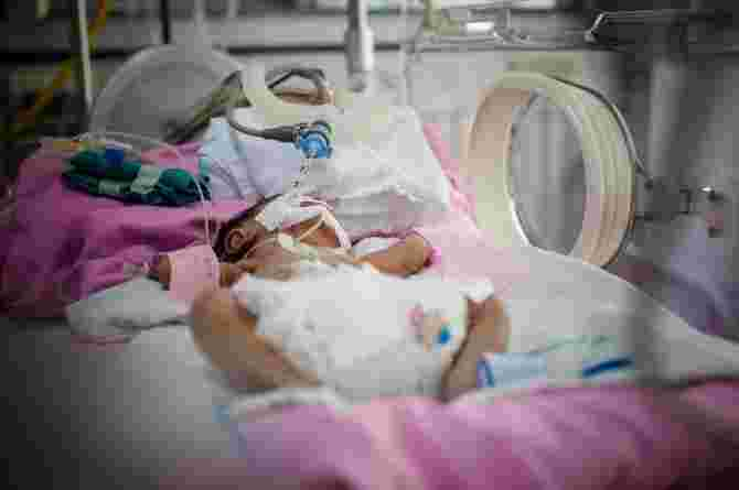 baby is in the nicu