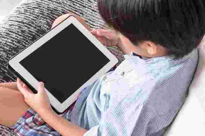 Singapore Dad Shares His Secrets On Helping Kids Become Tech Whizzes!