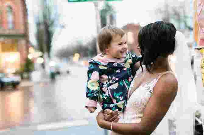 girl mistakes bride for princess