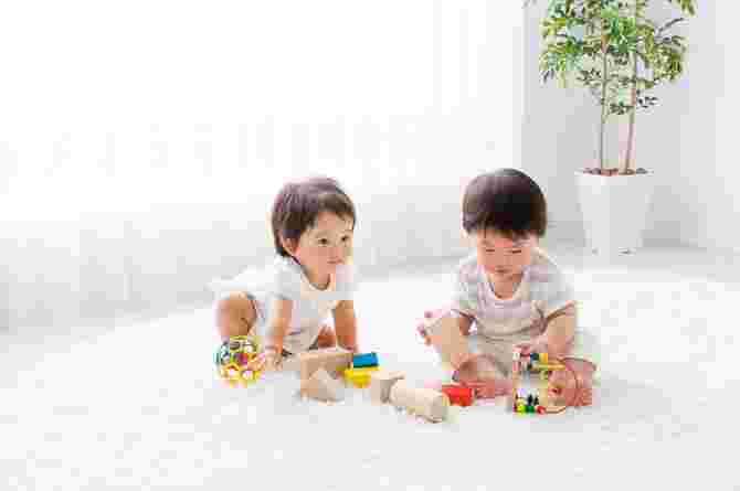 how many toys does the average child have