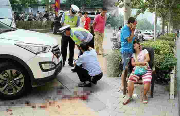 Toddler Girl Run Over By SUV While Mother Is Busy Checking Phone