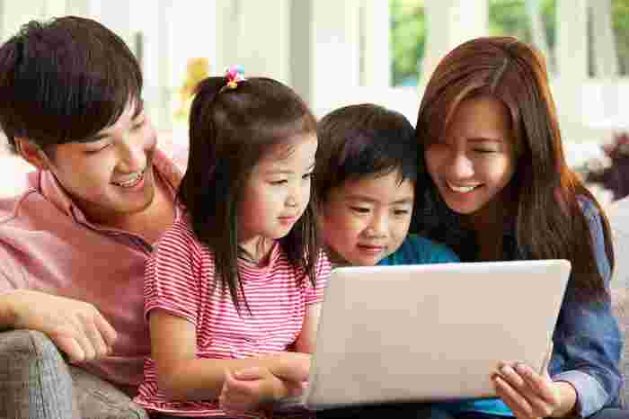Parenting In The Digital Age: Are You A Realist Or An Optimist?