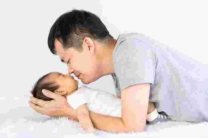 Early Father-infant Bonding Can Reduce Cognitive Delay: Study
