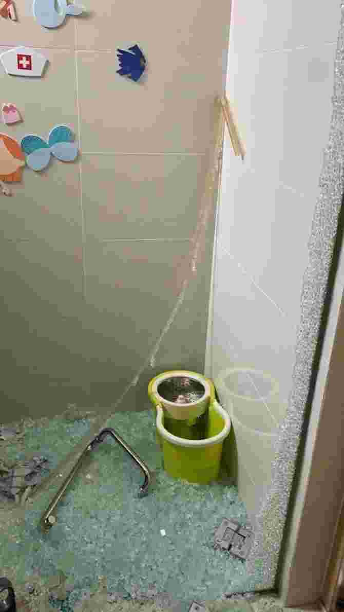 shower screen shattered by itself