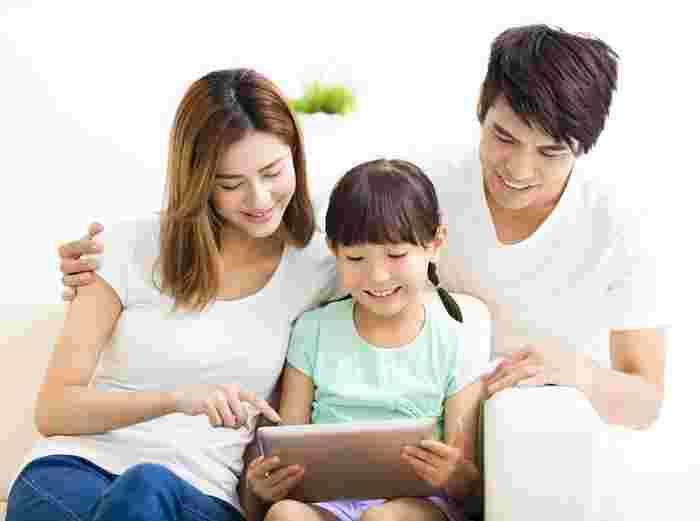 4 Tips Parents Must Know To Keep Their Children Safe Online