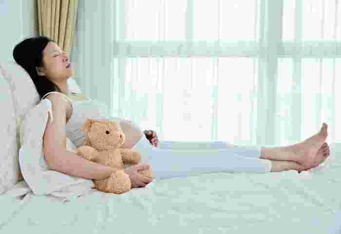safe sleeping positions during pregnancy