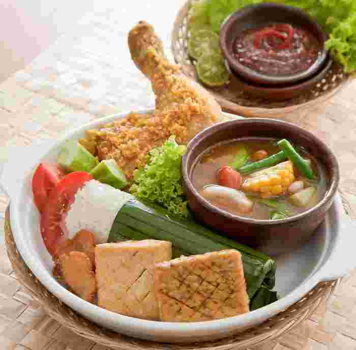 Top 9 Halal Food Restaurants With Delivery in Singapore