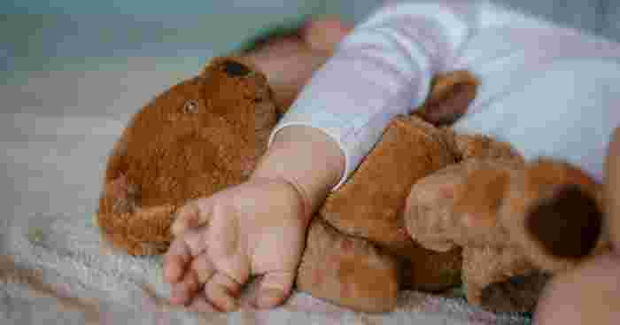 how to put a baby down to sleep