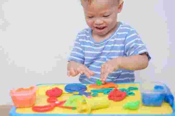 41 Fun Sensory Activities For Your 1-Year-Old's Brain Development