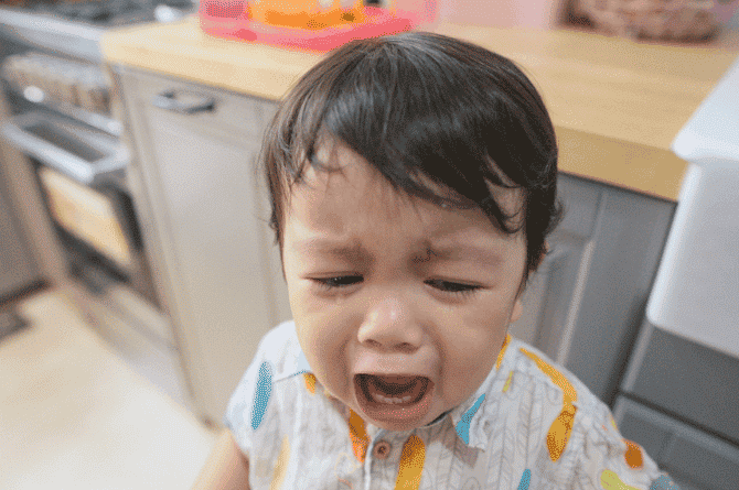 Mums, It Is NOT Normal For Your Baby's Tooth To Get Chipped! Here's Why