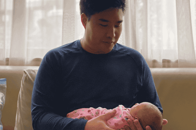 what to expect in delivery room for dads