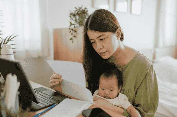 Singaporeans Spend 2.5 times More On Their Children's Needs Than Their Retirement Planning, Reveals AIA Singapore