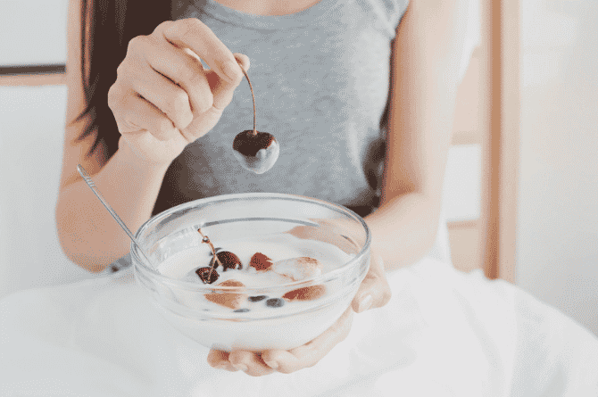What Should You Eat After You've Been On Antibiotics? And Can Probiotics And Prebiotics Get Your Gut Back To Normal?