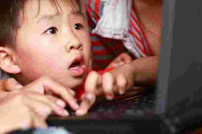 how to explain internet safety to a child