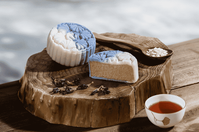 Divine Duo: Boost Your Health With Resorts World Sentosa's Signature Snow Skin Mooncakes And Premium Teas