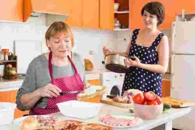 https://www.istockphoto.com/photo/elderly-mother-and-adult-daughter-cooking-gm1302230982-394032298