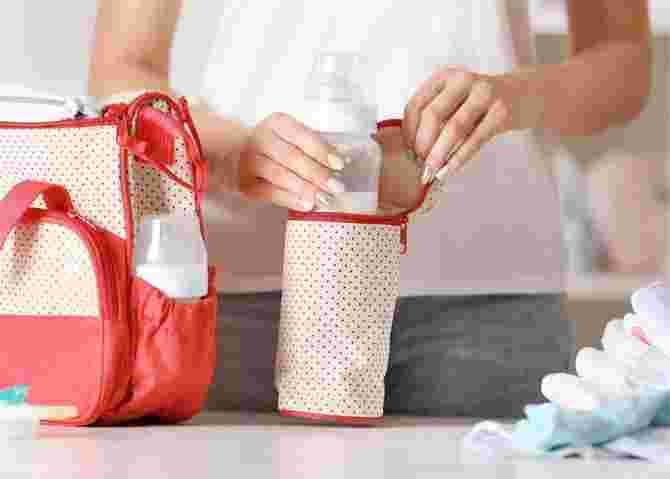 7 Best Milk Bags on the Market, Useful and Stylish for Moms Who are Always On The Go!