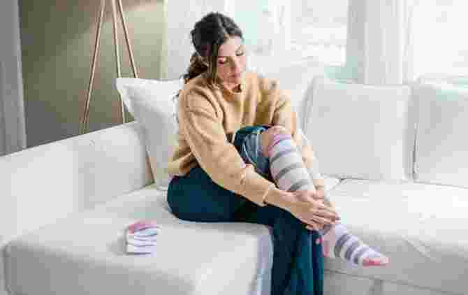 Worried About Swollen Feet During Pregnancy? Use Compression Socks Instead!