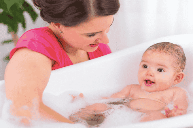 bathing your baby for the first time