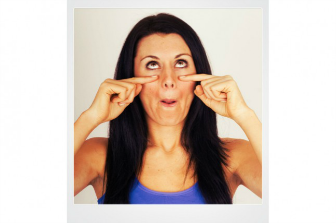 Flirty Eyes These 4 simple face yoga asanas can get rid of that stubborn double chin
