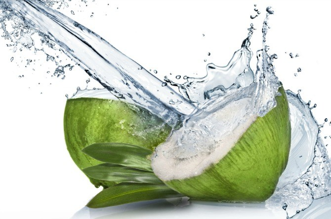 Coconut water के 8 awesome फाएदे