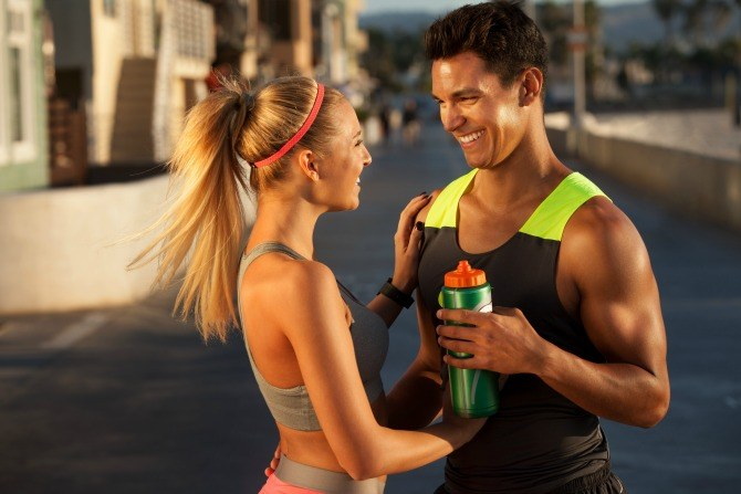 fitness couple 7 ways to lose weight after giving birth without going to the gym!