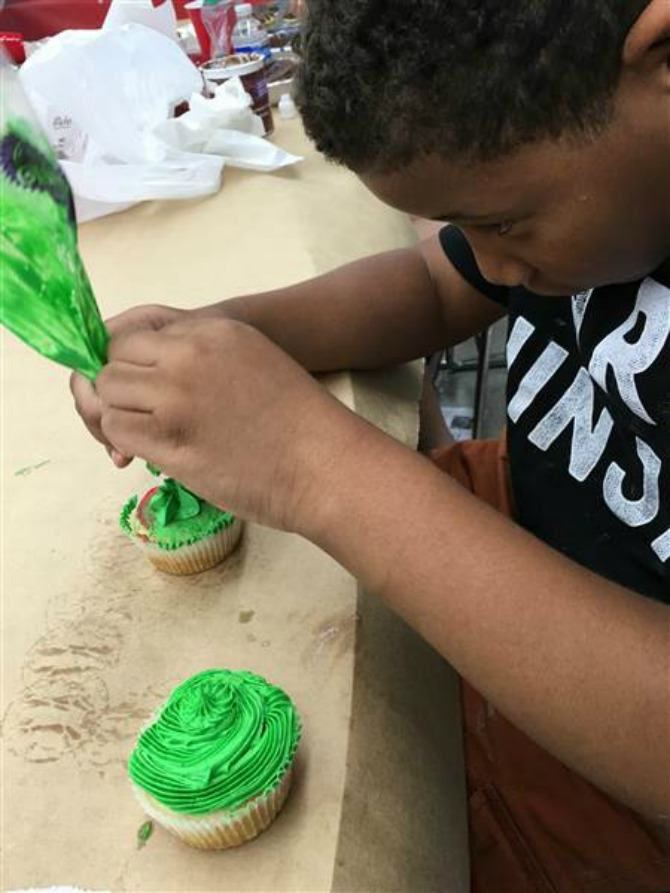 8-Year-Old Opens A Bakery
