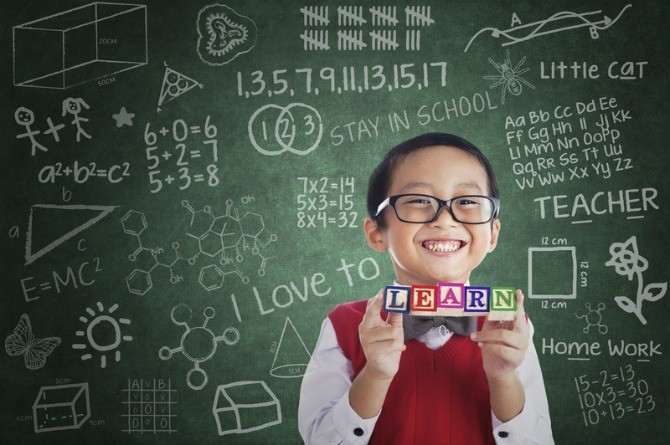 dreamstime s 31372658 5 Tips on how to make kids love math