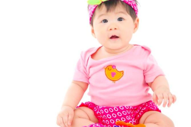 src=https://ph admin.theasianparent.com/wp content/uploads/sites/11/2017/07/10 month old shutterstock.jpg Baby development and milestones: your 10 month old