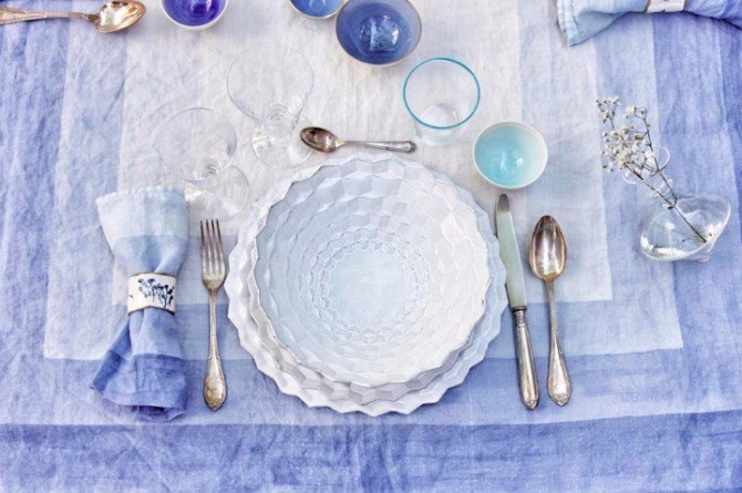 blue table 8 Strange weight loss tips that are surprisingly effective
