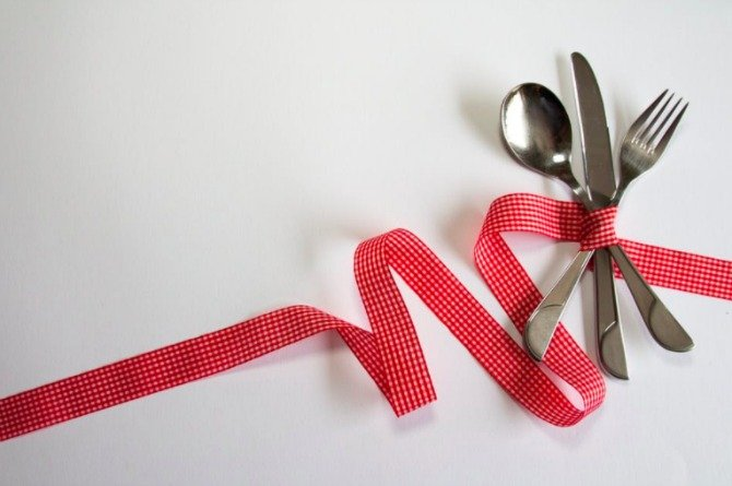 ribbon pexels 8 Strange weight loss tips that are surprisingly effective