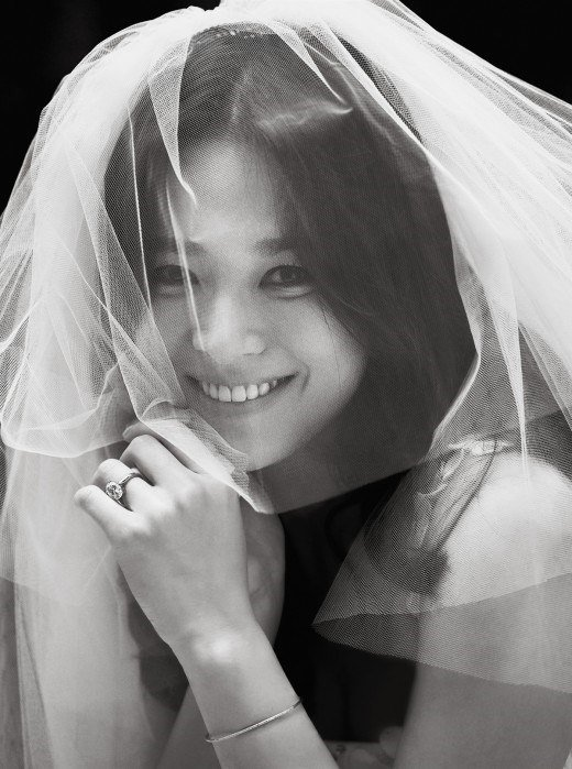 Song Hye Kyo Prenup LOOK: SongSong Couple's wedding, prenup photos released