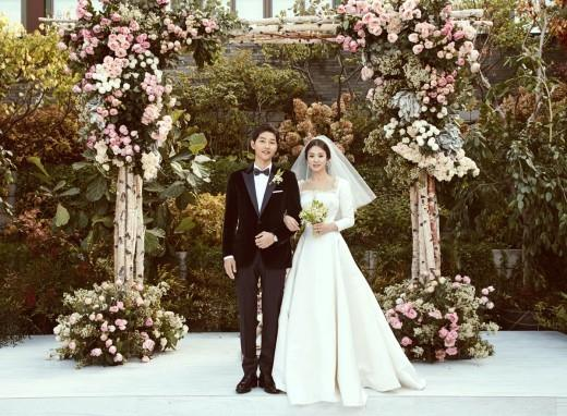Song Song wedding 2 LOOK: SongSong Couple's wedding, prenup photos released
