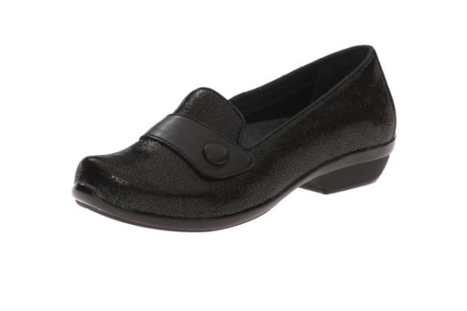 Pregnancy shoes to wear to work