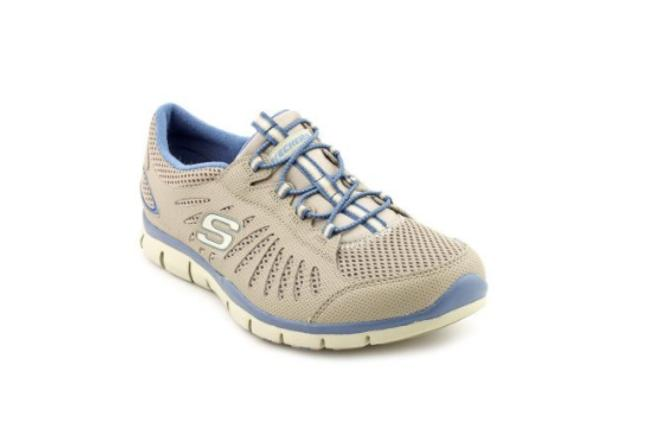 Pregnancy athletic shoes or sneakers