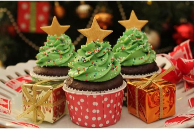 10 adorable Christmas cupcakes that'll bring your family joy and cheer