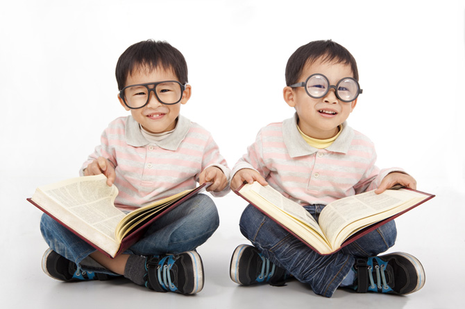10 reasons why you should stop praising your kid for being smart
