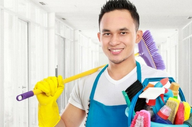 "skiving household chores feat Study: Men hide in the bathroom for 7 hours a year for ""peace and quiet"""
