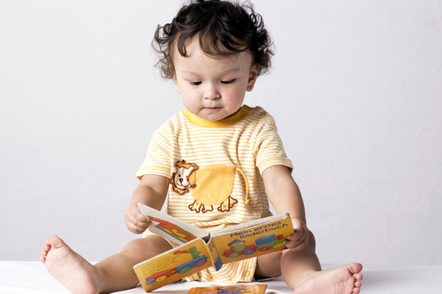 Get your baby to read at 17 months too!