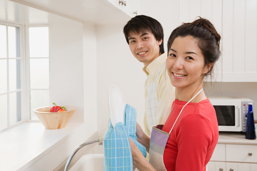 Dividing housework duties with your spouse