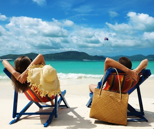 Parents 39 holiday enjoy a kid free romantic getaway with for Couples long weekend getaway