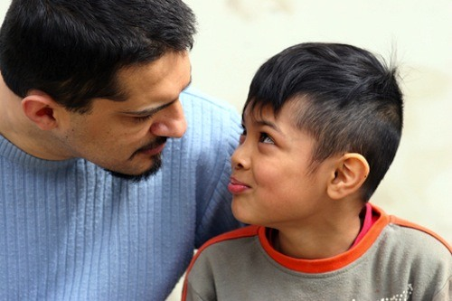 talking to child How to discipline your child without making him resent you