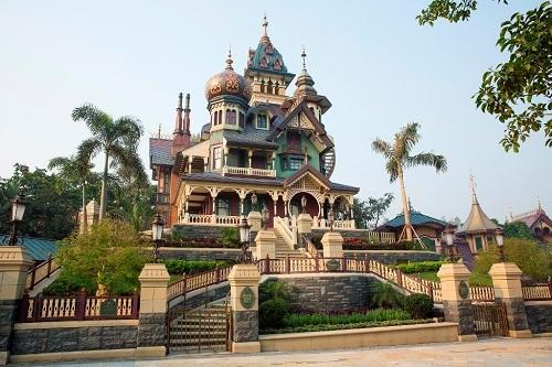 Hong Kong Disneyland's Mystic Manor