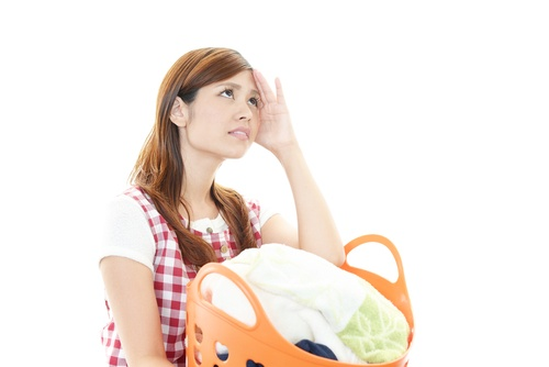 shutterstock 160493168 Pillow money, where maids are paid for extra services