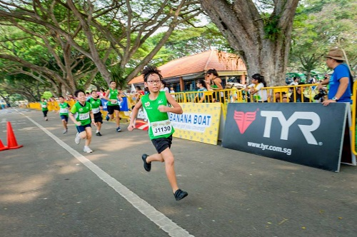 935823 10151706777374573 9149571 n Kids learn to be a sport at the MILO Youth Triathlon. Register now!