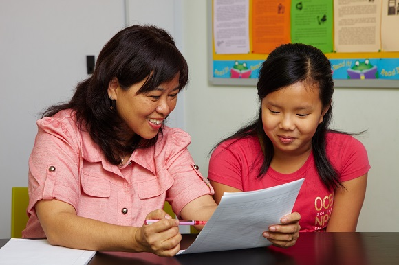 How to choose the best English enrichment programme for your child