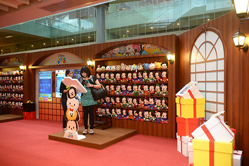 """ODD 7515 """"Springtime Wonders"""" at Changi Airport has amazing free gifts and fun events in store for you!"""